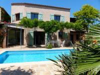 tourisme La Valette du Var Maison provençale piscine et plages