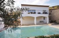 gite Cannes Three-Bedroom Holiday Home in Le Tignet