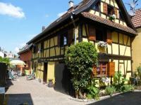 Location de vacances Pfulgriesheim Location de Vacances La Maison Jaune