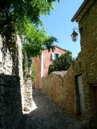 Petite maison de Charme à Nyons Drome provençale-Entree-rue-des-Petits-Forts