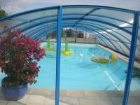 FLEUR DE SEL-entree-piscine