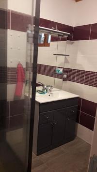 Gite des trois sapins-salle-d-eau