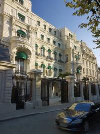 Hôtel Paris Shangri-La Hotel Paris