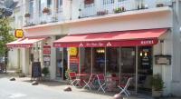 Hôtel Saint Épain Hotel Restaurant Des Trois Lys