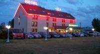 Hôtel Thiel sur Acolin NB Hôtel Restaurant Moulins