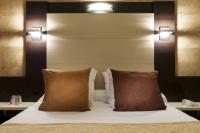Hôtel Coursegoules Comfort Hotel Galaxie - Saint Laurent du Var