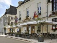 Hôtel Savigny sous Faye hôtel Logis Le Puits Doré