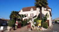 Hôtel Sainte Innocence hôtel Logis Hostellerie des Ducs