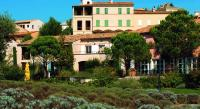 Hôtel Alleins Hotel du Golf de Pont Royal en Provence