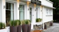 Hôtel Courset hôtel Hostellerie De La Riviere