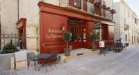 hotels Nîmes Hostellerie Provençale