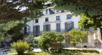 Hôtel Villers sous Chalamont Logis Grand Hôtel Des Bains