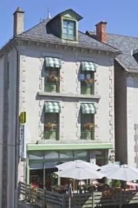 Hôtel Cheylade Logis Hôtel Le Relais Des Remparts