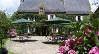 Hôtel Pleucadeuc hôtel Logis Manoir De Bodrevan