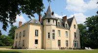 Hôtel Saint Christophe en Bazelle hôtel Château Le Briou D'Autry