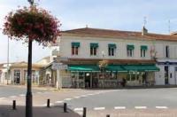 Hôtel Naujac sur Mer Hotel Bar Restaurant d'Hourtin