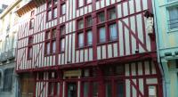 Hôtel Feuges Brit Hotel Comtes De Champagne Centre Historique