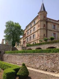 Hôtel La Brillanne hôtel Château du Grand Jardin