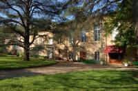 Hôtel Peyrolles hôtel Hostellerie de l'Evêché