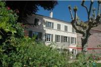 Hôtel Lournand hôtel Le Clos de l'Abbaye