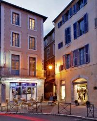 hotels Prayssac Hôtel Le Coin des Halles