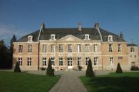 Hôtel Berneuil hôtel Château de Yaucourt Bussus