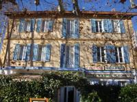 Hôtel Forcalqueiret Hotel Restaurant Le Castel Fleuri