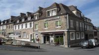 hotels Pont d'Ouilly Hôtel de la Place Chez Fanny
