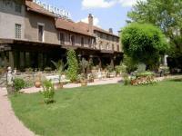 Hôtel Mesvres hôtel Hostellerie du Vieux Moulin