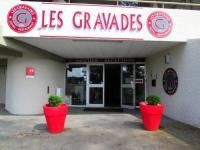 Hôtel Roche le Peyroux hôtel Logis Les Gravades