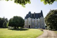 Hôtel Thoiré sur Dinan hôtel Au Chateau de Montbraye