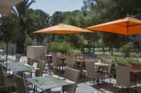 Hotel 3 étoiles Languedoc Roussillon BEST WESTERN hôtel 3 étoiles des Thermes Balaruc les Bains Sète ***