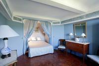 Hôtel Alleins hôtel Chateau de la Barben