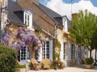 Hôtel Fay aux Loges hôtel Résidence Hôtelière La Marine