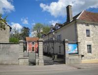 Hôtel Martinvelle hôtel Petit Chateau Armand Bourgoin