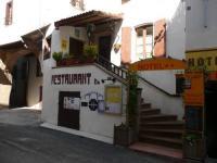 Hôtel Saint Gervais sur Mare Hôtel Restaurant du Pont Vieux