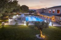 Hotel Roussas Le Domaine des Oliviers