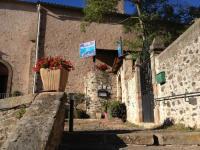 Hôtel Saint Gervais sur Mare Hotel Restaurant La Calade