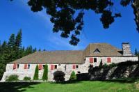 Hôtel Antraigues sur Volane hôtel Domaine du Lac Ferrand