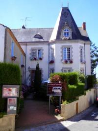 Hôtel Saint André Treize Voies hôtel Le Petit Château
