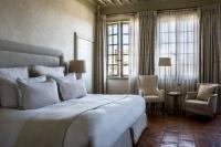 hotels Poulx La Maison d'Uzès