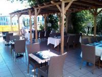 Hôtel Ygos Saint Saturnin Hotel Restaurant La Terrasse