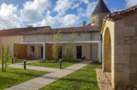 Hôtel Saint Germain de la Rivière hôtel Chateau La France