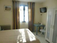 Hotel Balladins Allemagne en Provence Auberge de la Table Ronde