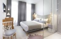Hôtel Paris Hotel le Lapin Blanc