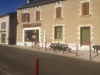 Hôtel Fontaine le Comte Hôtel Chez Patoche