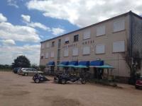 Hôtel Arpheuilles Saint Priest hôtel Est-Ouest