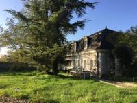 Hôtel Saint Épain hôtel Domaine Le Plessis - Châteaux et Cottages