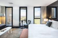 hotels Lanhouarneau La Butte Restaurant Hotel  Spa