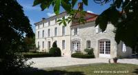 Hôtel Chantemerle sur la Soie hôtel Domaine Du Prieuré